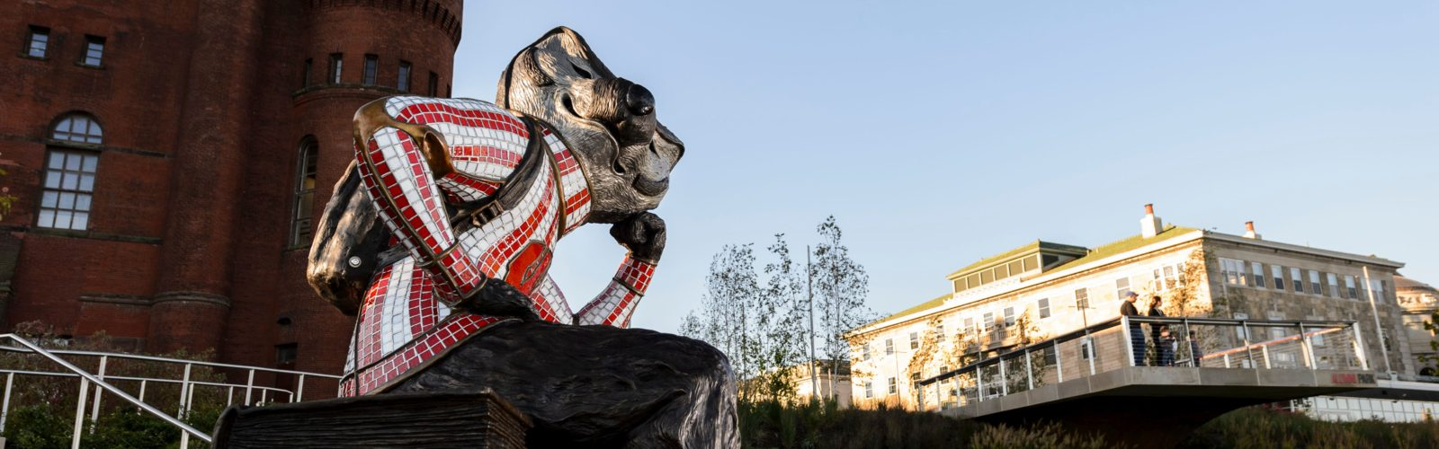 Well Read Bucky Badger statue at Alumni park